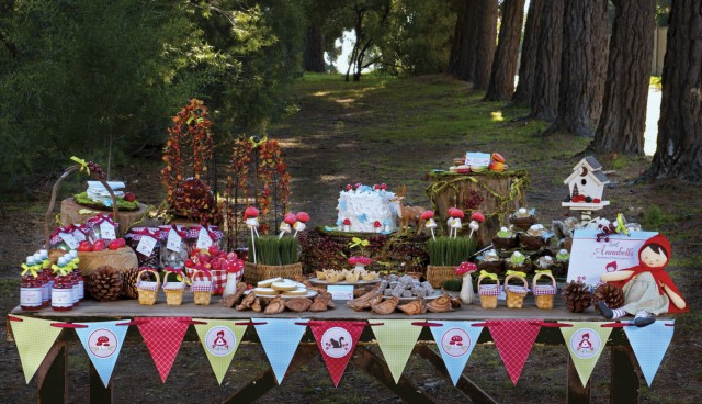 Red Riding Hood Dessert Table