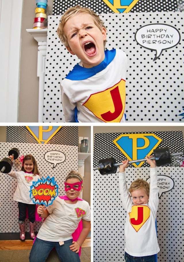 Super hero photo booth  3