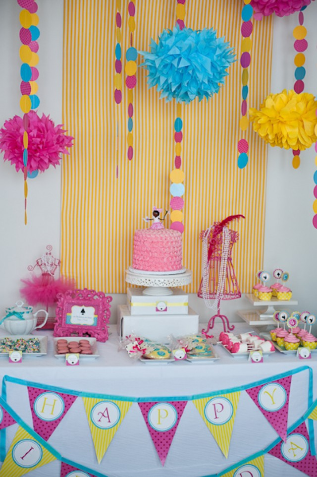 tea doll party room and table setup 4