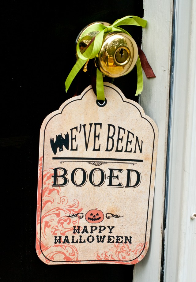 Boo Sign on Door