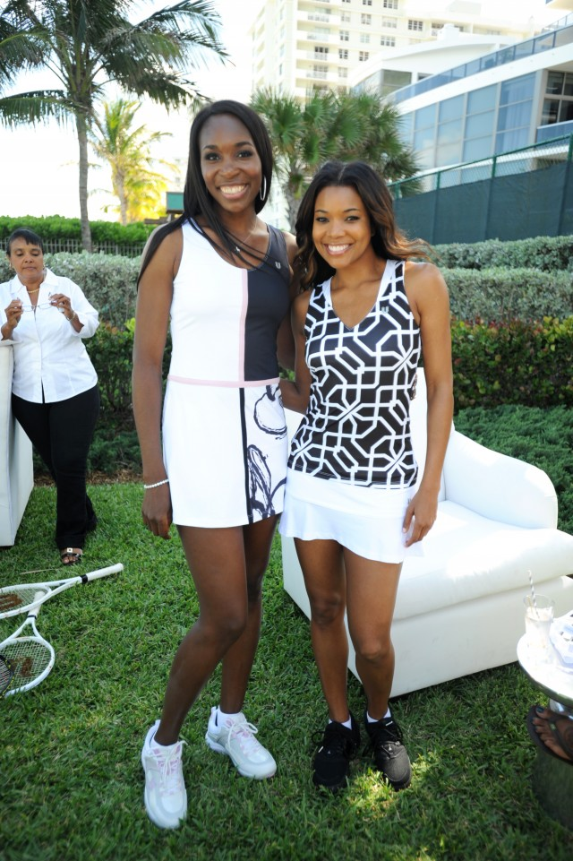 Photo of Venus Williams & her friend   -