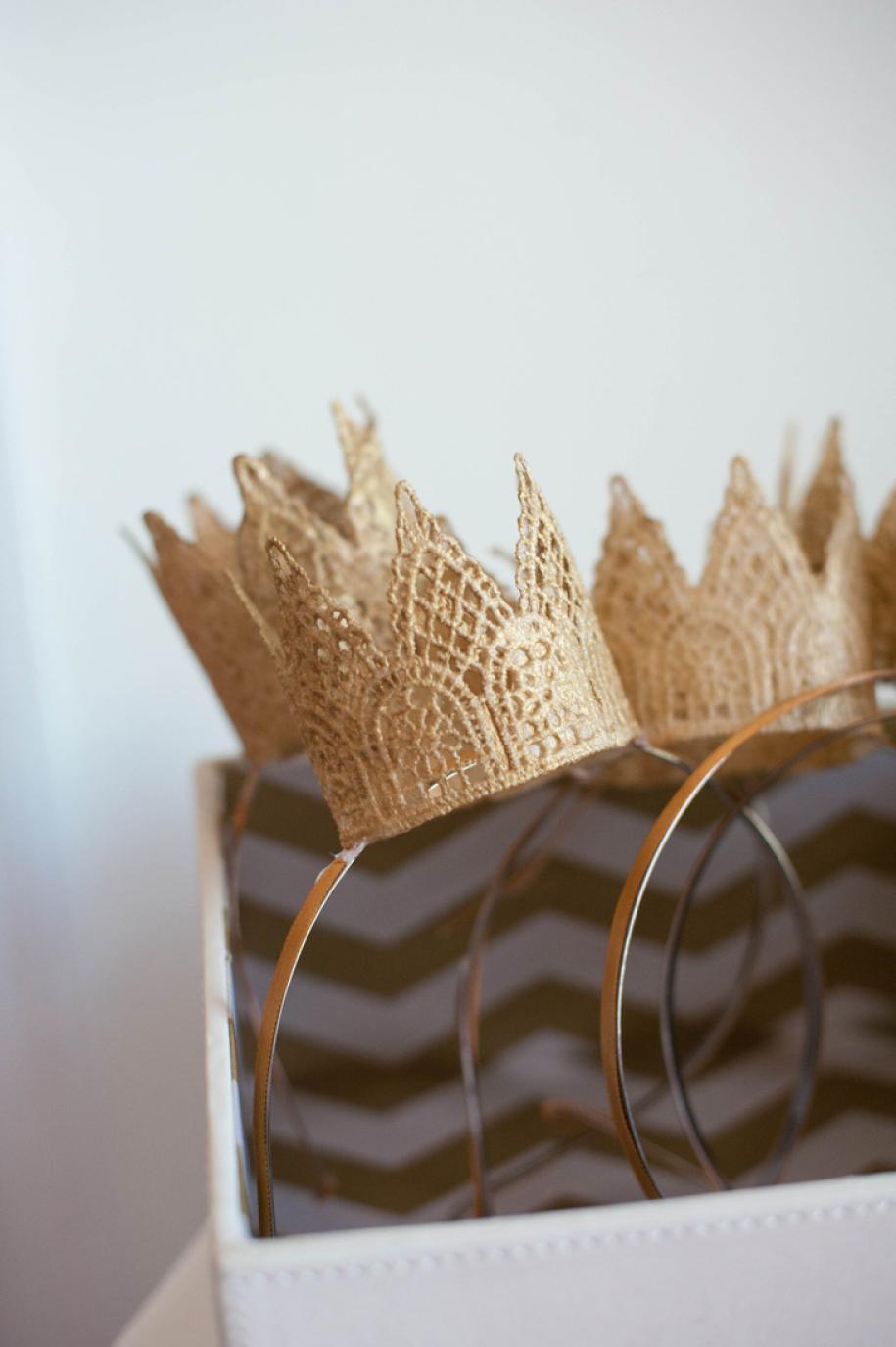 Как сделать бумажную корону на обруч своими руками