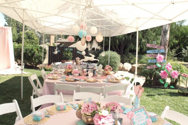 Alice in wonderland party tent decor