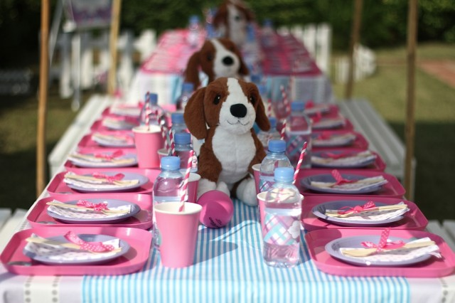Preppy puppy party table centerpieces