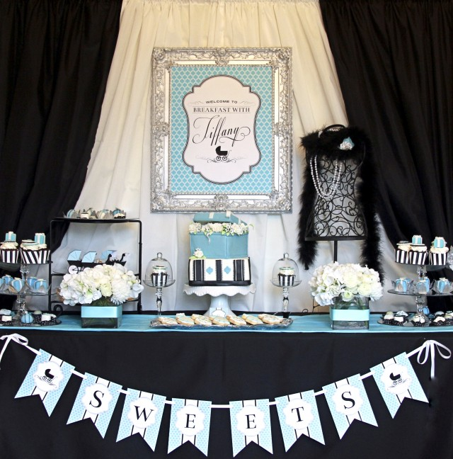Display Baby Shower: Breakfast With Tiffany Diaper Shower