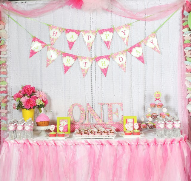 Cupcake Themed 1st Birthday party with Paisley and Polka Dots ...