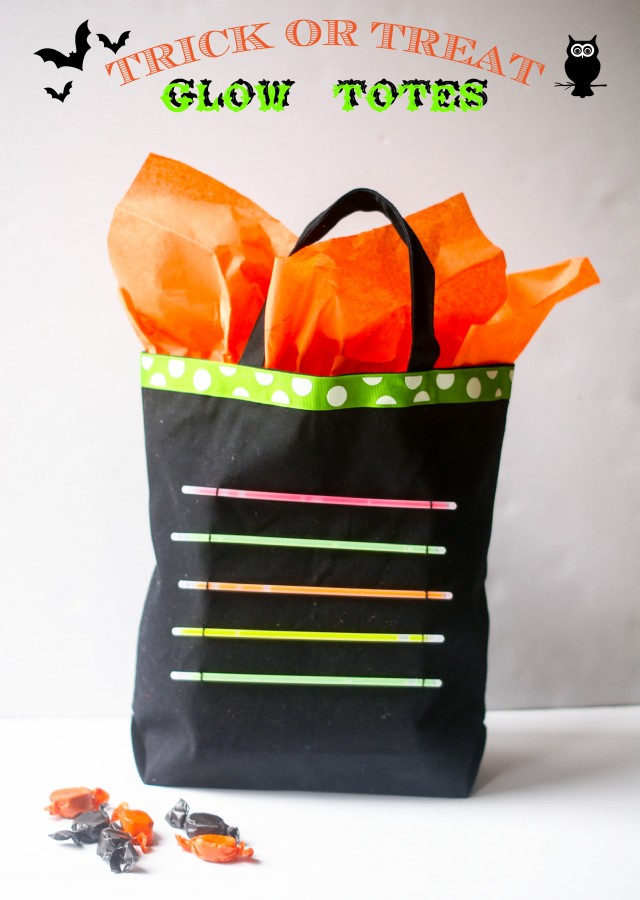 Trick or treat glow stick tote