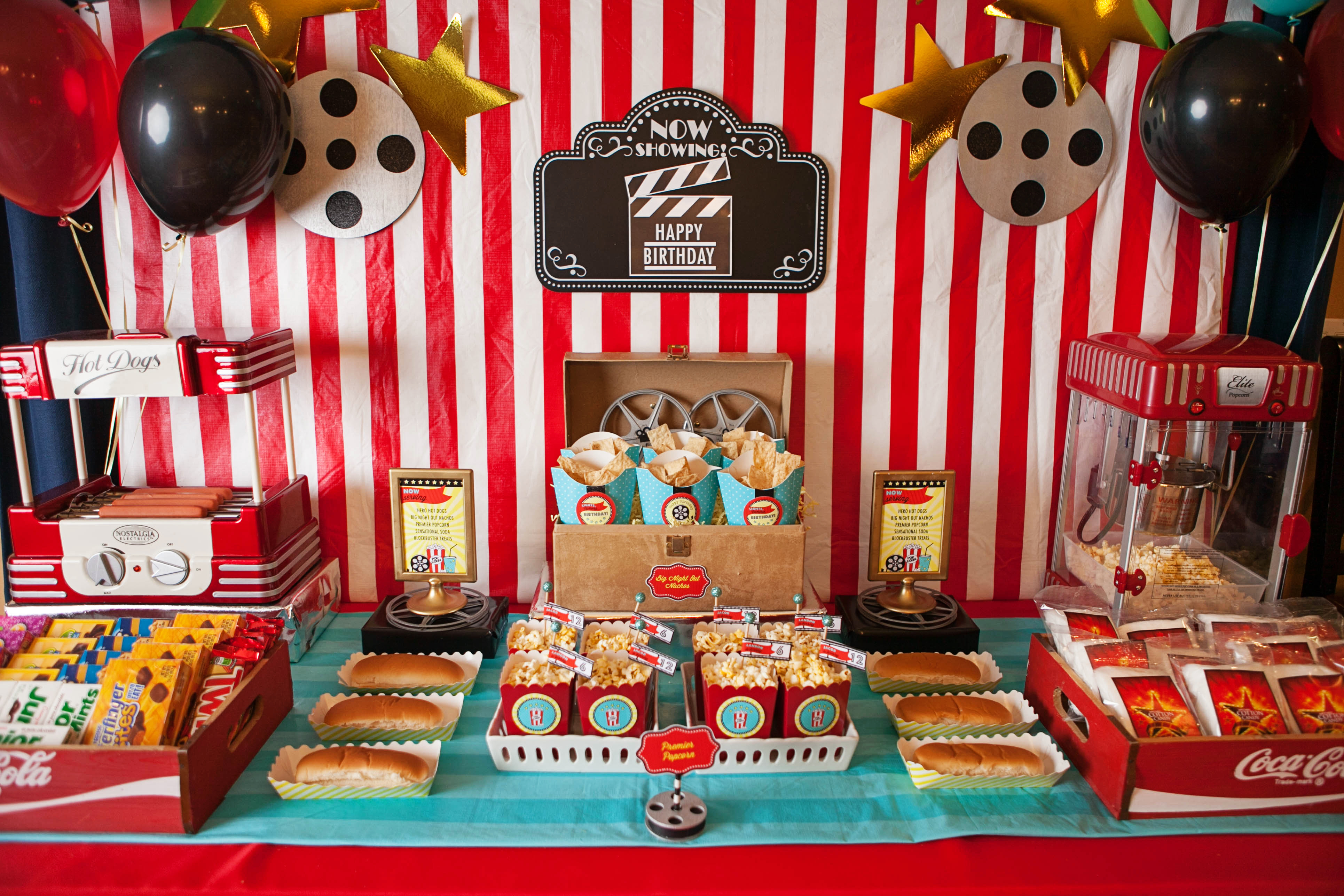 897 furthermore  further Fabulous 50 Black Gold Birthday Party besides Themed Decor Las Vegas  plete Theme C 584 590 together with Hot chocolate party favor. on table decorations ideas in hollywood theme