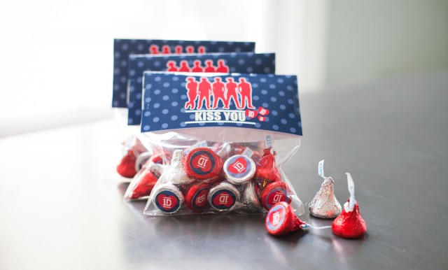 one direction hershey kiss favor labels