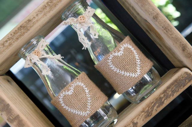burlap drink bottles