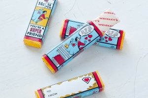 super-hero-valentines-day-gum-wrappers-2