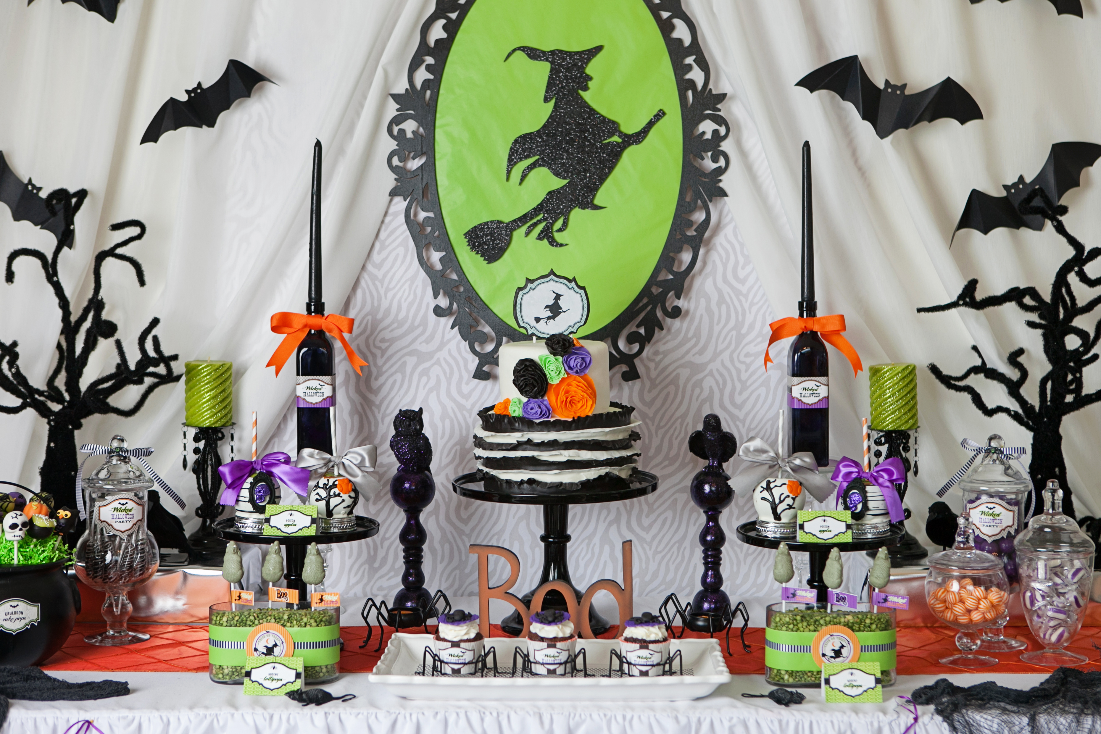A wicked witch inspired halloween party hoopla events for Deco de table halloween